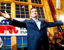 Ted Cruz Defeats Donald Trump to Win Iowa Caucus