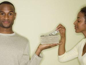 money-in-marriage-0212-de